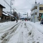 大雪のとき車出勤はどうなのか?車が立ち往生するのはどんな場所?