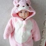 赤ちゃんの外出はいつから?冬の寒さ対策や便利な持ち物